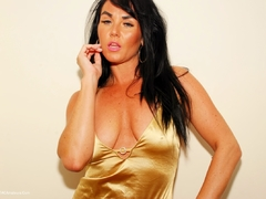Raunchy Raven - Gorgeous Gold Top Pt1 Gallery
