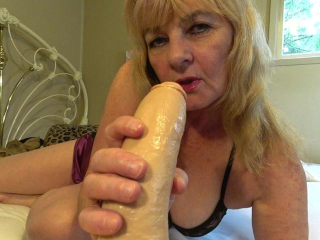 CougarBabeJolee - Spit Drool Blowjob POV Style