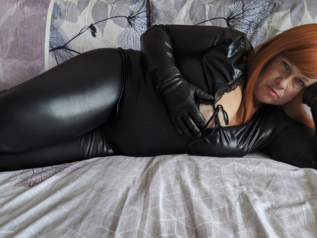 MrsLeather - BBC Toy Sucking In My Catsuit