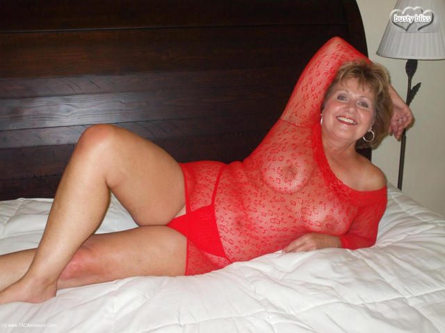 BustyBliss - Busty Bliss Hot  Red