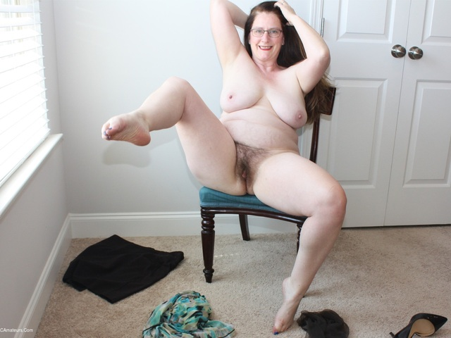 MILF Needs The Attention