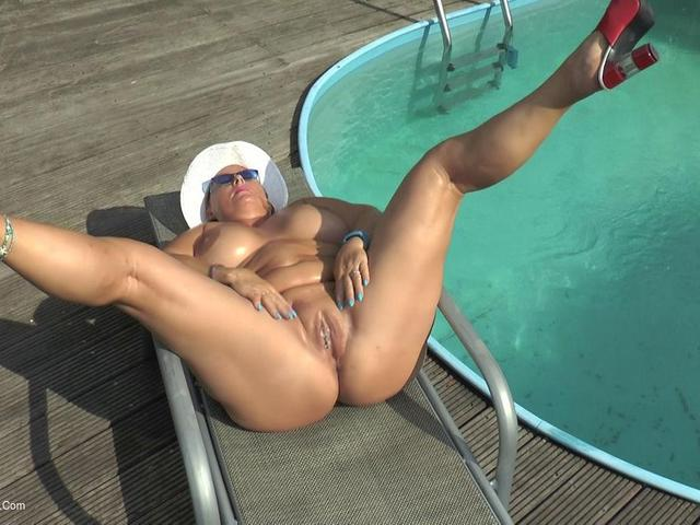 NudeChrissy - Oiling At The Pool