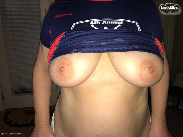 BustyBliss - Super Bowl Titties