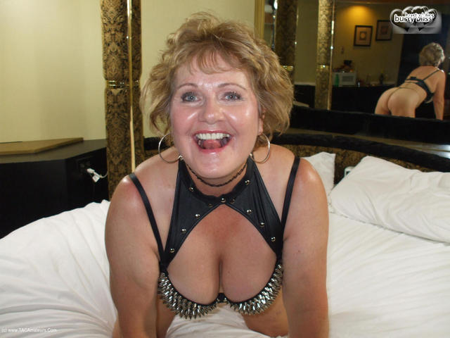 BustyBliss - Fun Sex Party At The Hotel