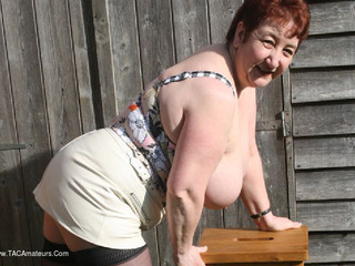 Kinky Carol - Leather Pt1 Picture Gallery