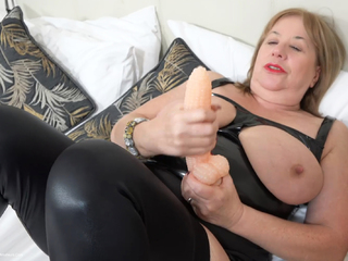 SpeedyBee - Black PVC Bustier Pt2 HD Video