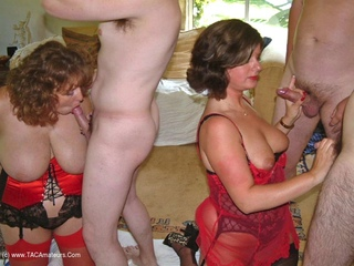 Curvy Claire - Claire  Maries Gangbang Fun Pt2 Picture Gallery