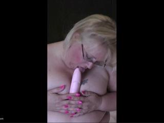 Lexie Cummings - Bed Dildo Play HD Video