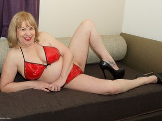 SpeedyBee - Red PVC Bikini Picture Gallery