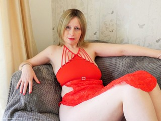 Posh Sophia - Red Dress Picture Gallery