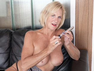 Molly MILF - Leopard Print Dress Pt3 HD Video