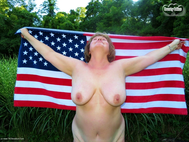 BustyBliss - Stars  Stripes