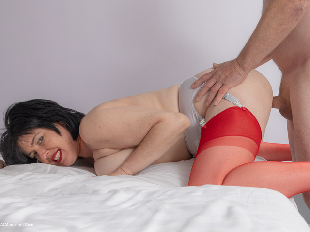 JuiceyJaney - Fucked In Red Hot Stockings Pt2
