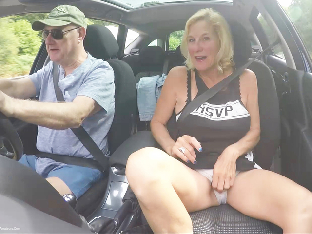 MollyMILF - Travelling To The Seaside Pt1