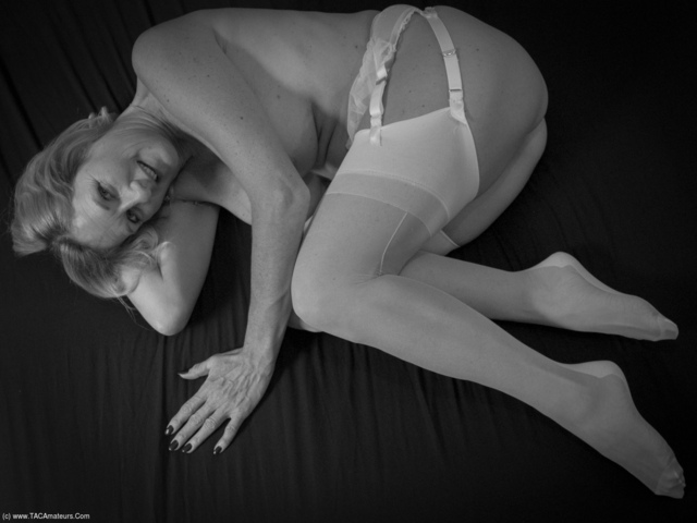 MollyMILF - White Lingerie  A Blue Toy