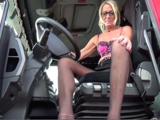 Kyras Nylons - Truck Flash HD Video