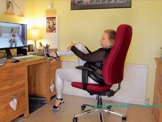 Curvy Claire - Live Web Cam Show Pt1 HD Video