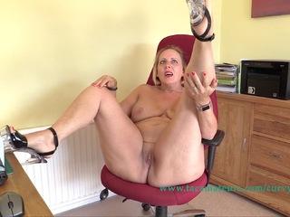 Curvy Claire - Live Web Cam Show Pt3 HD Video