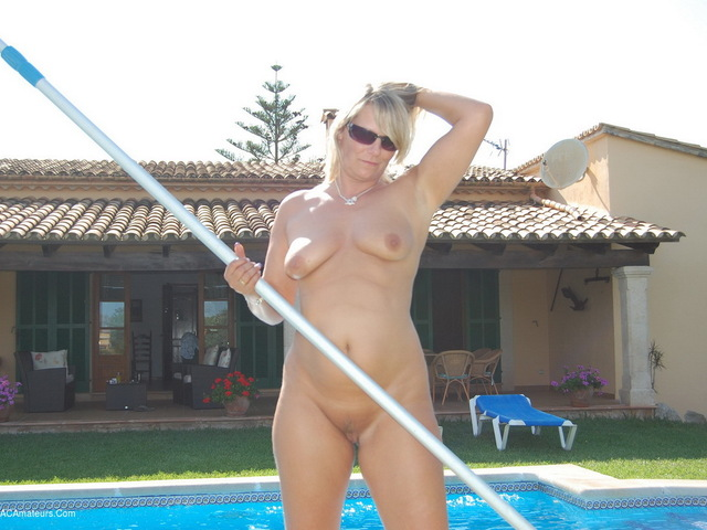 SweetSusi - The Pool Cleaner Pt1