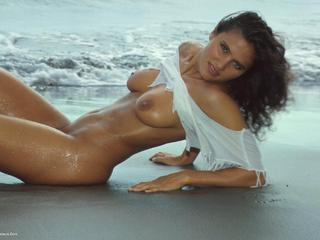 Susy Rocks - Viere On The Rocks Pt1 Picture Gallery