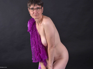 Hot Milf - Lingerie  Negligee Pt2 Picture Gallery