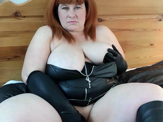 Mrs Leather - Twitter Turn On Pt1 HD Video