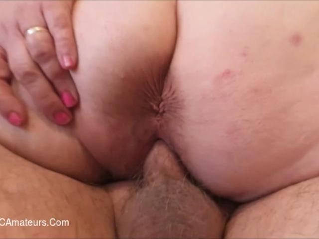 JuiceyJaney - Cumming In His Lap