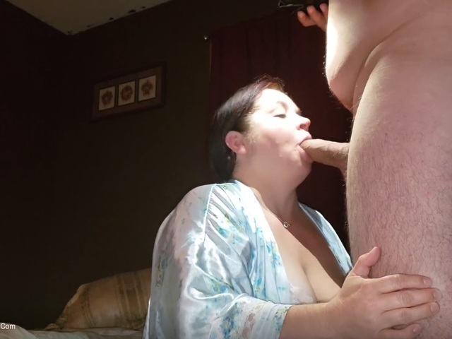 SexyNEBBW - Sloppy Blowjob Pt1