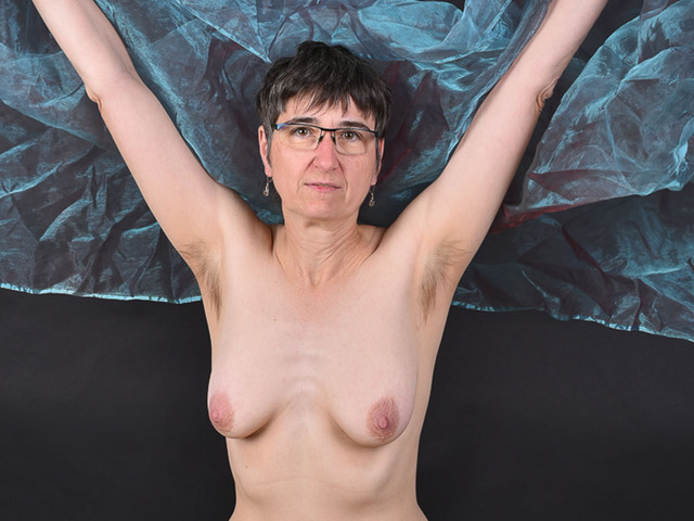 HotMilf - Tulle Cloth Pt2