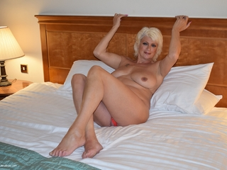 Dimonty - Naked In My Hotel Room Picture Gallery