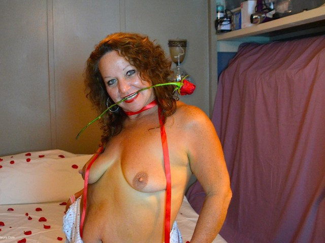 DebbieDelicious - Be My Naughty Valentine Pt1