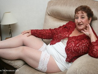 Kinky Carol - A New Year In White Pt1 Picture Gallery