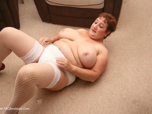 KinkyCarol - A New Year In White Pt2