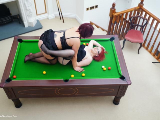 PhillipasLadies - Mollie  JennaJ Play Pool