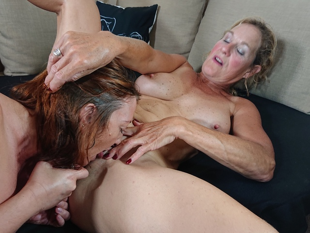 MollyMILF - Special Massage For Molly Pt2