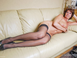 Luscious Models - Mature Lady M Awesome In Leather Pt4 Picture Gallery
