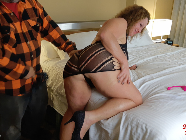 DebbieDelicious - First Time Lovense Fun