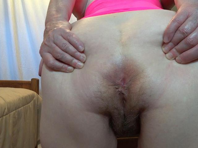 CougarBabeJolee - Its About My Arse Get Ready To Worship