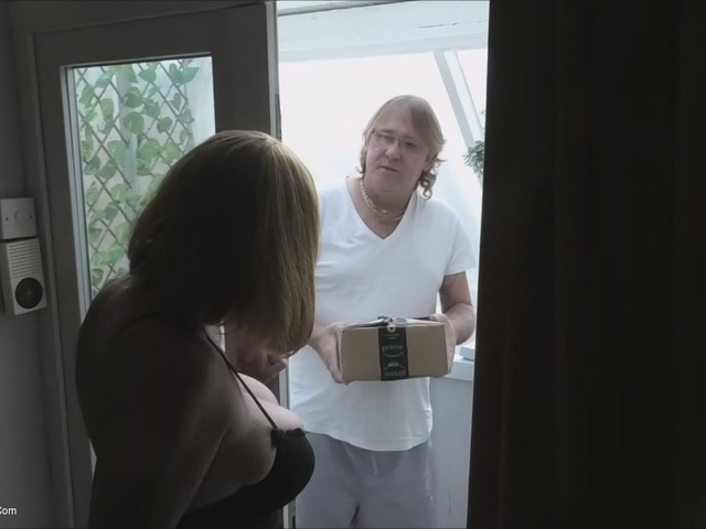 BarbySlut - Amazon Delivery Guy Delivers The Goods