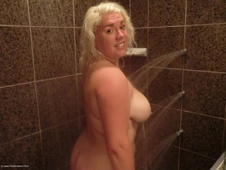 Barby - Shower Time Picture Gallery