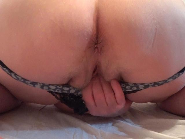 CougarBabeJolee - Eat My Sinful Arsehole