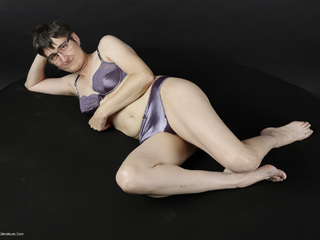 Hot Milf - Purple Lingerie Picture Gallery