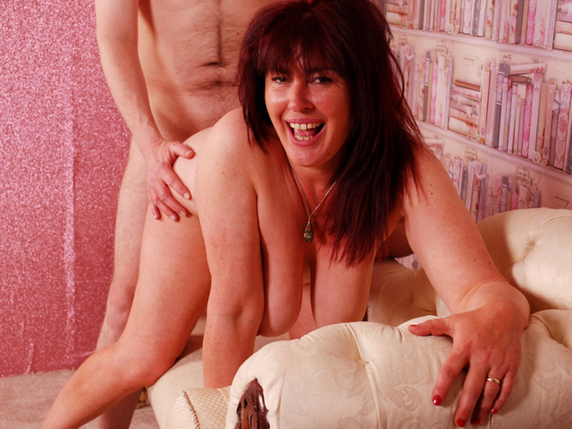 JuiceyJaney - Red Hot  No Knickers