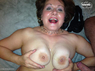 Busty Bliss - Lady Leopard Gets More Spots Picture Gallery