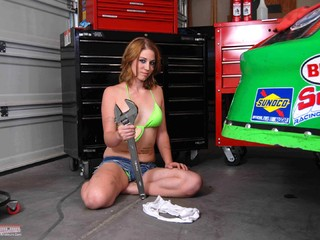 Heavenly Smut - Teen grease monkey gets her clothes off pt2 Picture Gallery