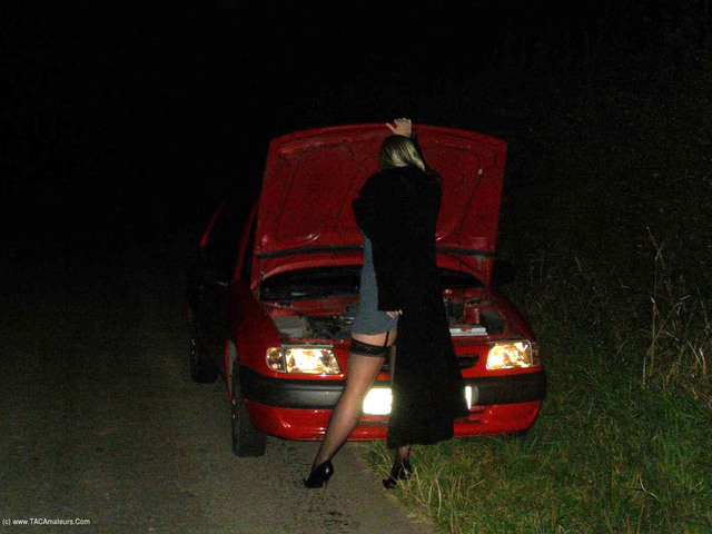 Samantha - Car Trouble