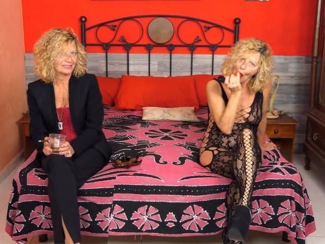 AnneSwinger - My Double Anne Is A Lot Sluttier Than Me