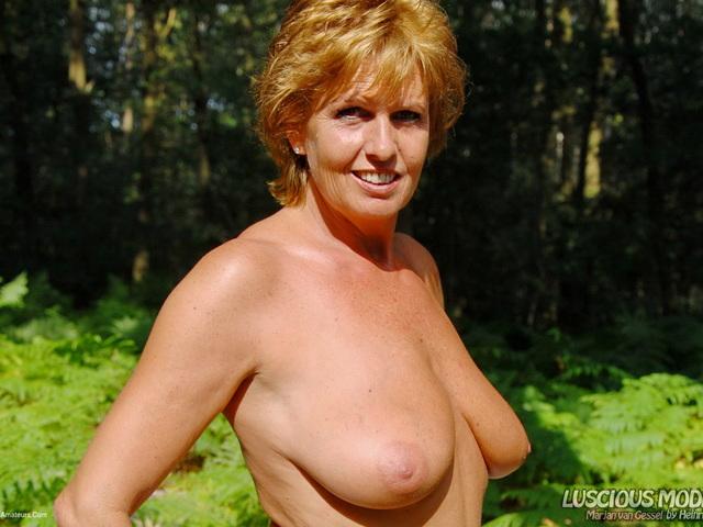 LusciousModels - Mature Lady M Outdoors  Naked