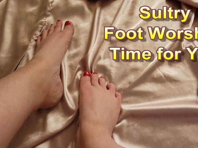 CougarBabeJolee - Sultry Foot Worship For You