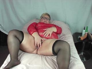 Lexie Cummings - Red Dress Play HD Video
